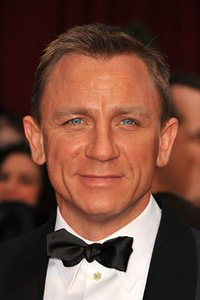 Daniel Craig Homeless